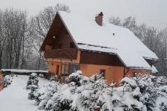 zima dům nový a